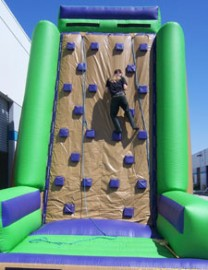 Climbing Wall (Inflatable)